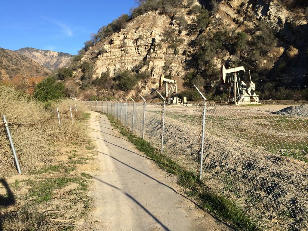 Oil wells along Santa Paula trail.